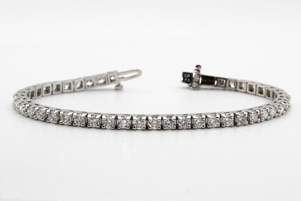 A Tennis Bracelet