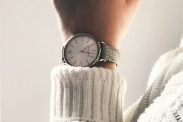 5 Reasons Why You Should Still Wear A Watch